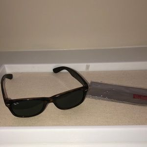 Ray Ban Original Wayfarer Sunglasses Tortoise